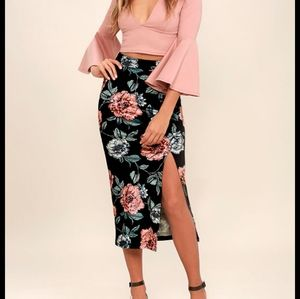 NWT MinkPink Garden of Eden Floral Skirt